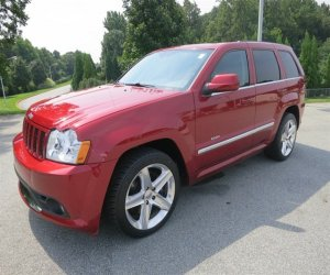 Image of a 2006 Jeep Grand Cherokee SRT8
