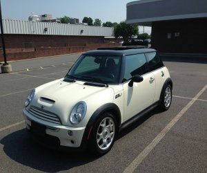 Image of a 2006 Mini COOPER S