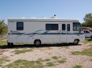 Image of a 2000 Winnebago Itasca Sunrise